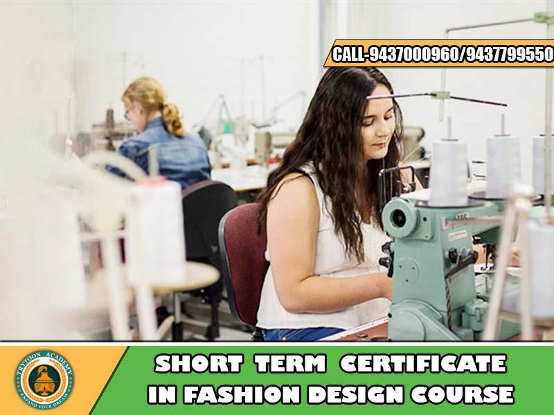 Short term fashion designing courses